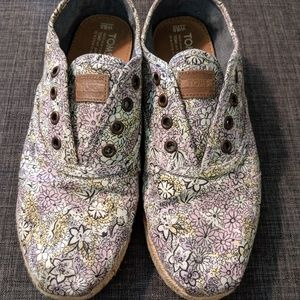 Tom's | Floral Print Shoes
